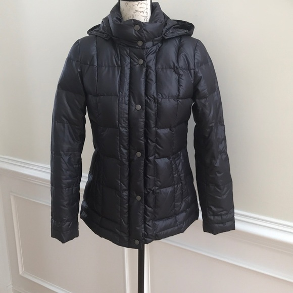 38d7dbb40 Women down coat.